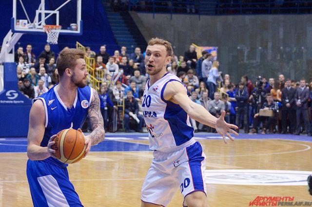 «Парма» потерпела 12-е поражение подряд вЕдиной лиге ВТБ, уступив «Автодору»