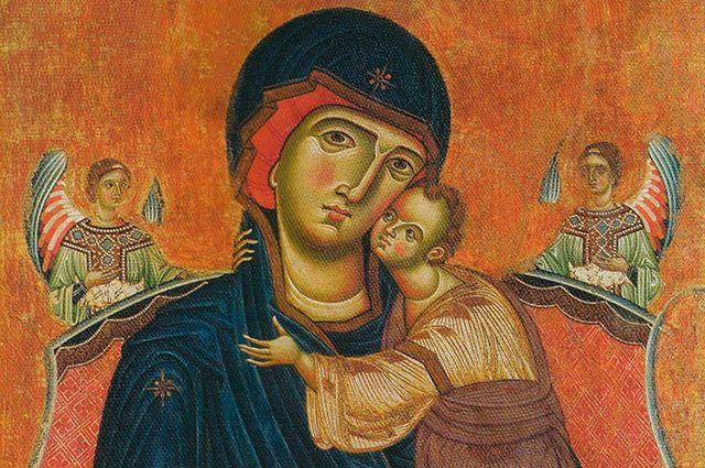 Праздник Собора Пресвятой Богородицы неспроста отмечается на следующий день после Рождества Христова.