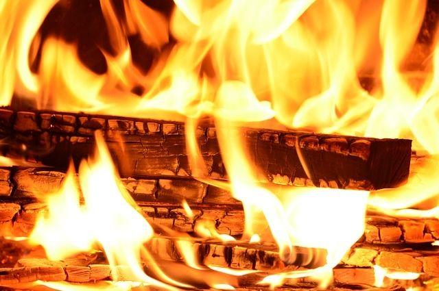 ВМиассе женщина погибла при пожаре , задремав ссигаретой вкровати