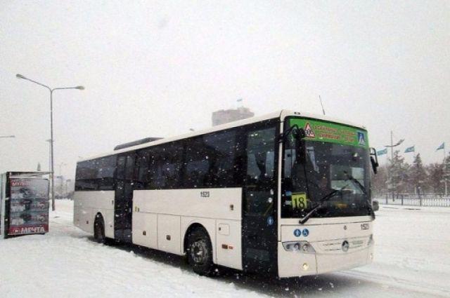 ВТюмени два автобуса неподелили дорогу