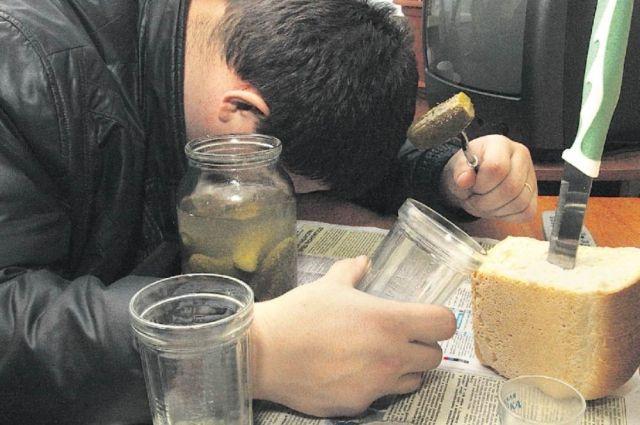 Перед праздниками продавали опасную алкогольную продукцию