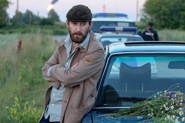 В телесериале «Метод» (2015) сыграл сыщика Родиона Меглина, который ловит маньяков.