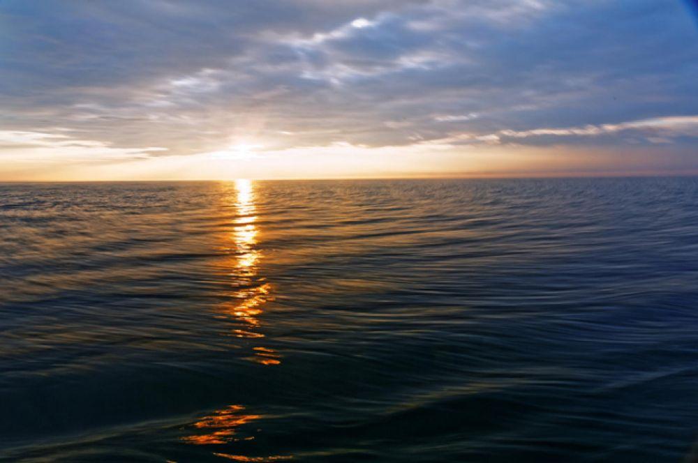 Закат над Байкалом.