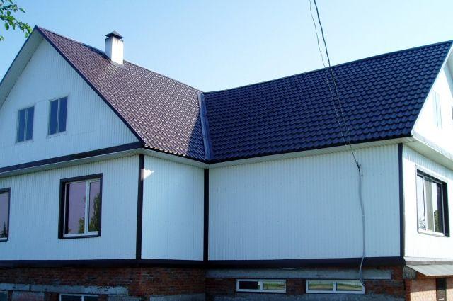 В прошлом году было построено и введено в эксплуатацию 23 жилых дома для сельских специалистов.