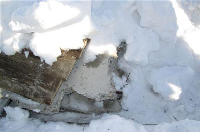 В Адамовском районе подросток упал в колодец