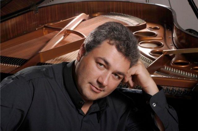 В Оренбурге всемирно известный пианист даст один концерт