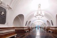 Станция метро «Фрунзенская». Платформе возвращён её первоначальный облик.