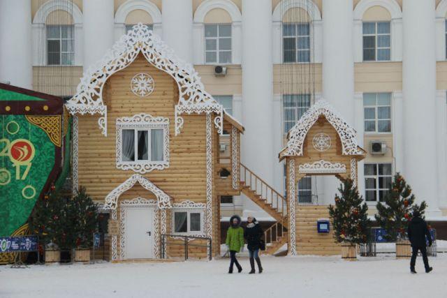 Резиденция Деда Мороза стоимостью 1,8 млн рублей в структуру правительства не вошла.