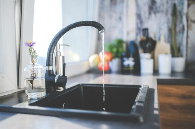 Арбитраж признал преступным повышение тарифов нахолодную воду вСамаре