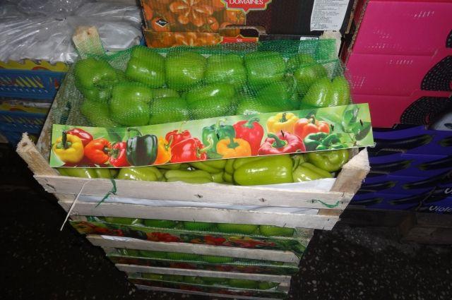 Настол оренбуржцев непопали яблоки, перец, томаты икабачки