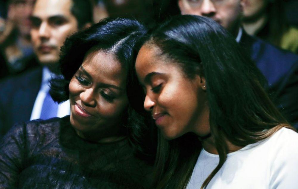 Барак Обама сказал, что Мишель была для него не только женой и матерью его детей, но и лучшим другом за последние 25 лет. Также он добавил, что не только он гордится ей, но и вся Америка тоже