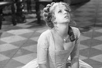 Немецкая актриса Ульрика Кунце в роли Анны Монс в фильме «Юность Петра».