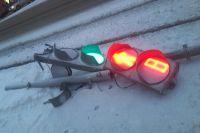 Лежачий светофор, как ни странно, работает.