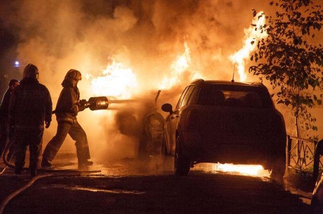 Двое мужчин чуть несгорели под Волгоградом из-за халатности
