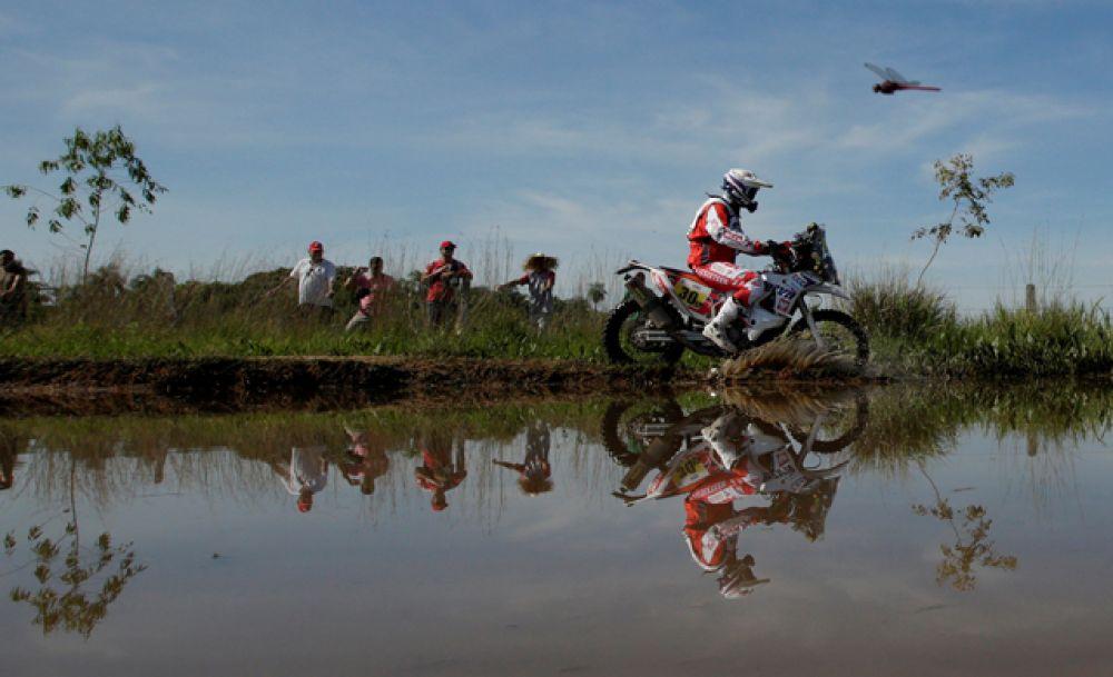 Первый этап ралли: Асунсьон — Ресистенсия, столица аргентинской провинции Чако.