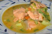 С рыбой, мясом, овощами... Главное - чтобы вкусно и сытно.
