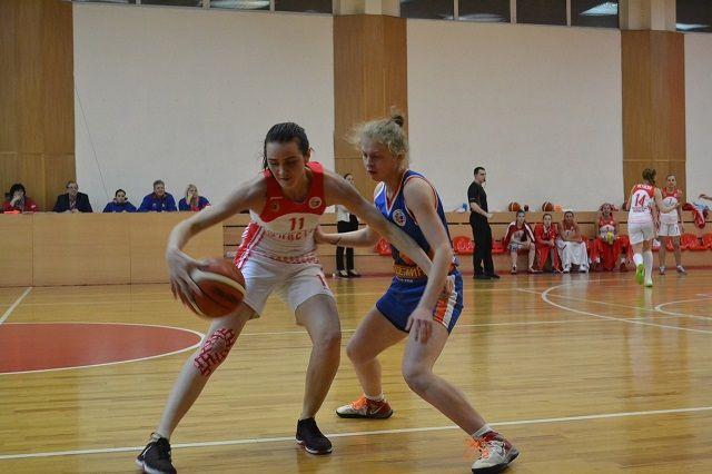 Пензенская команда набрала 21 очко и сохранила лидерство в турнирной таблице группы «А».