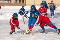 Стадион «Енисей» предназначен для проведения соревнований по хоккею с мячом.