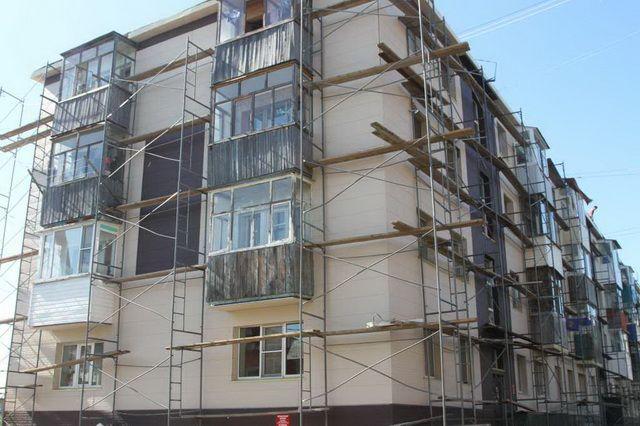 Около 80 многоквартирных домов починят вКЧР
