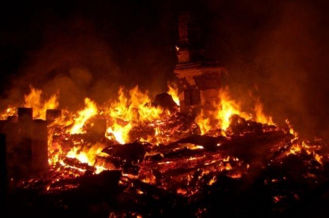 Возгорание произошло вечером 13 января.