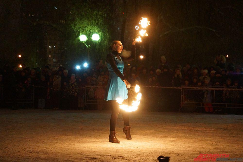 Мероприятие проходило в сквере около дома народного творчества «Губерния».