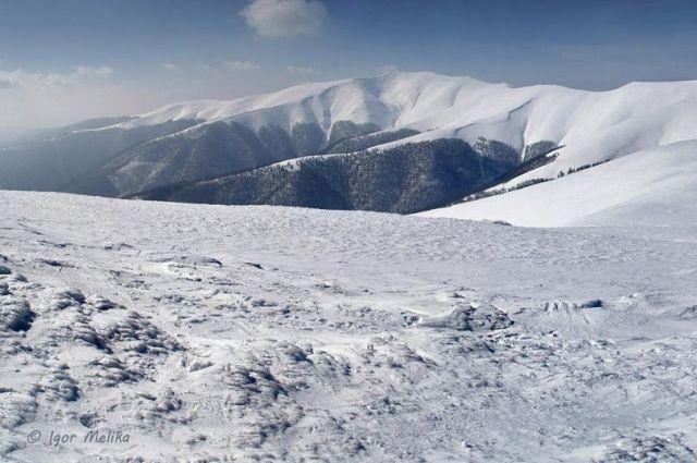 ГосЧС: ВКарпатах нагорнолыжном курорте потерялся киевский сноубордист