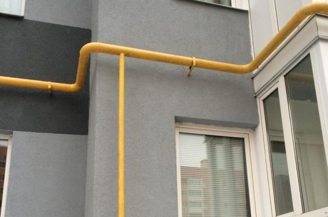 Поврежденный газопровод стал первопричиной эвакуации 70 квартир вКрасном Селе