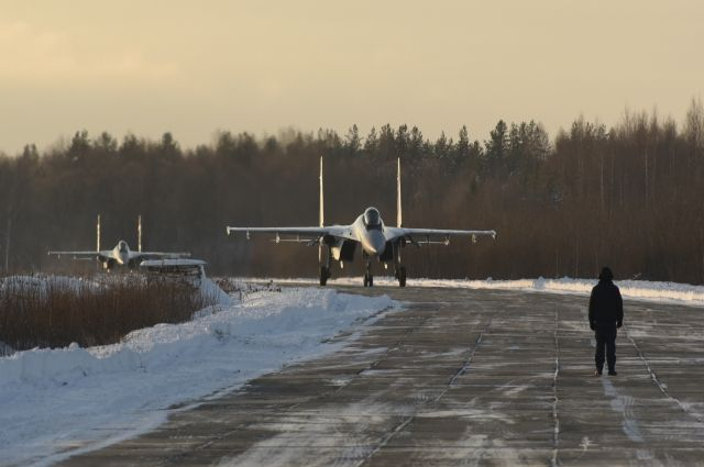 Аэропорт Манас закрыт из-за падения грузового самолета под Бишкеком