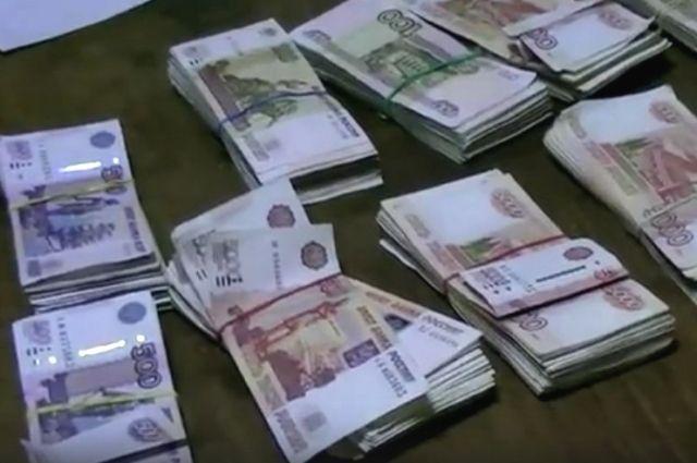 Похищенные деньги нашли у подозреваемых.