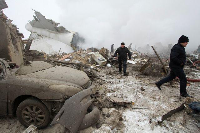 МЧС Киргизии: уже известно о 37 жертвах крушения самолета под Бишкеком
