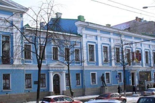 Вкиевском музее возмутились планами поизъятию из наименования «русского искусства»