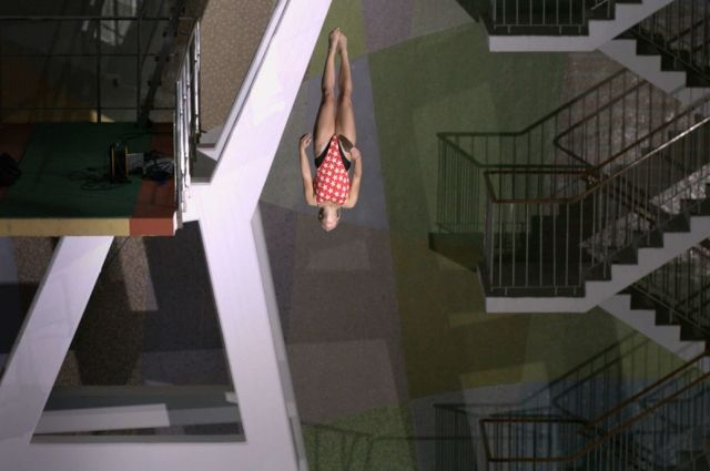 Кадр из фильма «10-метровая вышка»