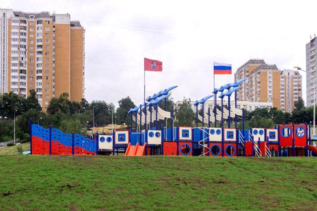 Сколько улиц, дворов и парков благоустроят в Москве в 2017 году?