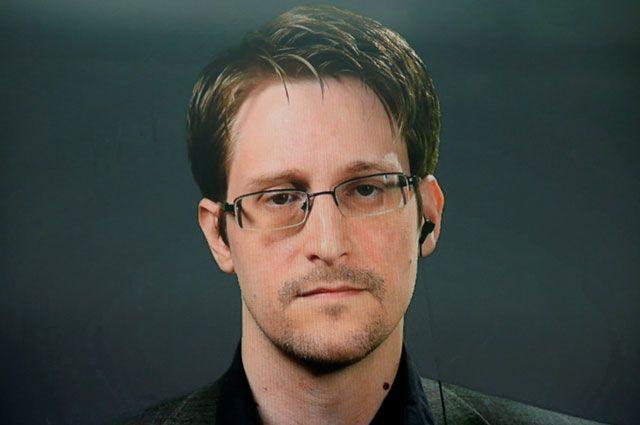 Американские послы хотели отправить Сноудена багажом в США - Кучерена