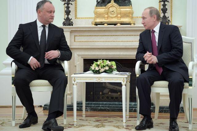 Путин рассказал о сотрудничестве РФ и Молдавии в сфере энергетики