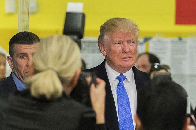 Американка подала в суд на Трампа, обвинив в сексуальных домогательствах