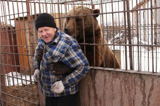Медвежья хватка ничуть не пугает Павла.