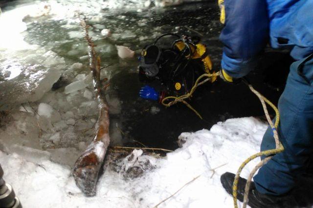 В Новосергиевском районе вместе с бульдозером утонул водитель