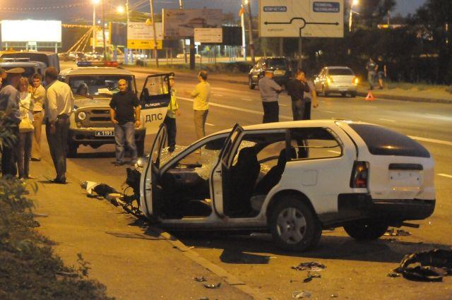 Страшные аварии из-за превышения скорости зачастую приводят к печальным последствиям.
