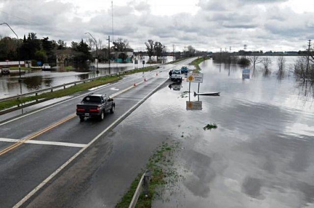 ВАргентине из-за наводнений дома покинули 7 тыс. человек