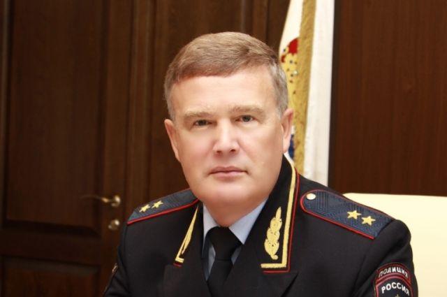 Руководитель нижегородской милиции уходит вотставку