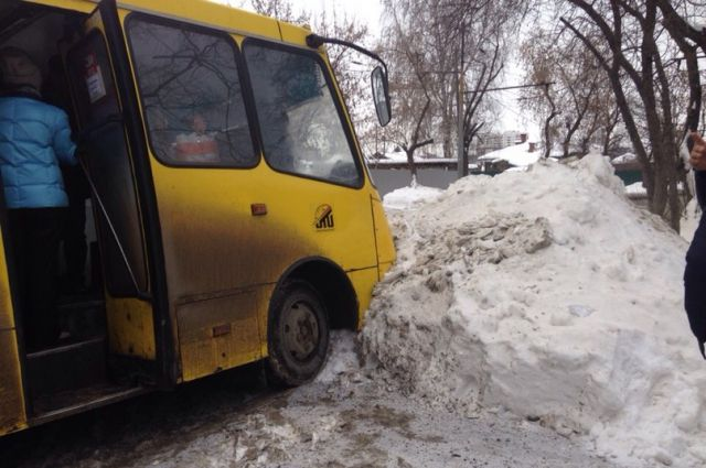 ВКушве госавтоинспекторы ограничили проезд городского автомобильного транспорта на 9-ти дорогах