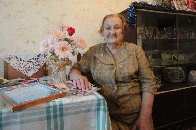 Анна Вернова.