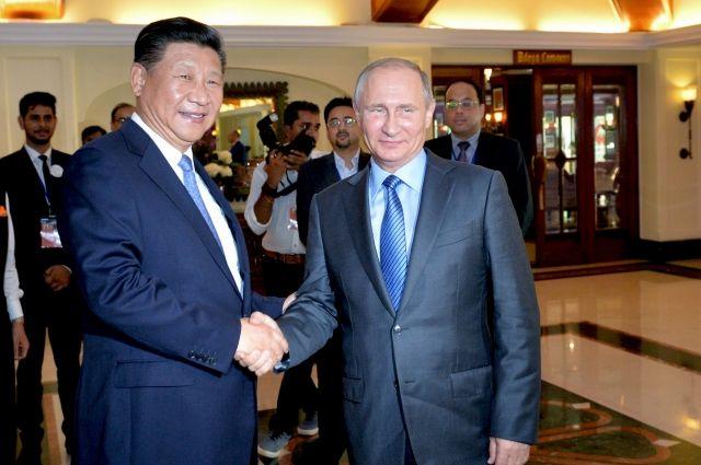 Глава КНР высказался за новые отношения с США и партнерство с РФ