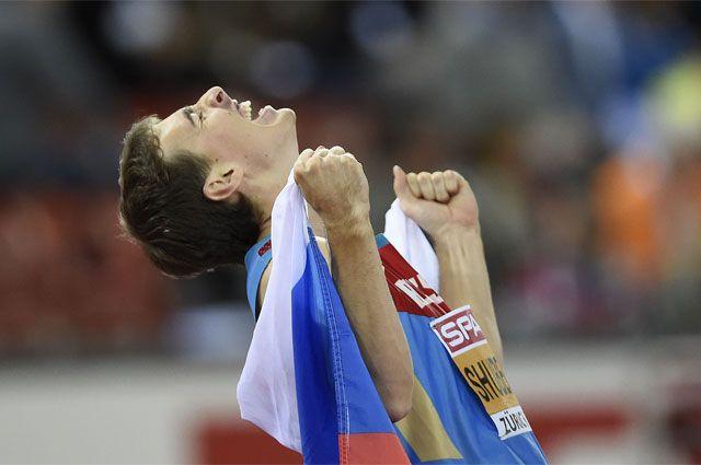 Флаг в обмен на карьеру. Ведущие спортсмены откажутся представлять Россию?