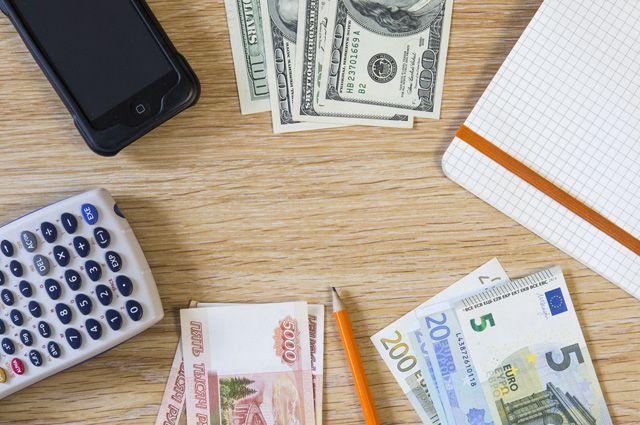 В России займутся укреплением рубля