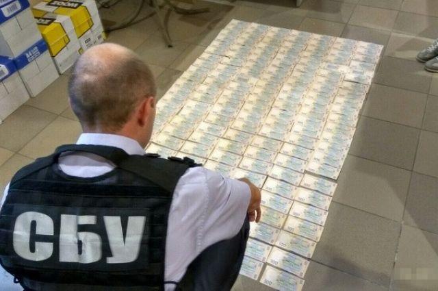 СБУ задержала наДнепропетровщине 2-х полицейских-взяточников