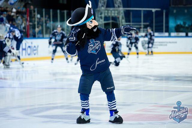 Дубль Саболича и«сухарь» Бобкова принесли «Адмиралу» победу вХабаровске