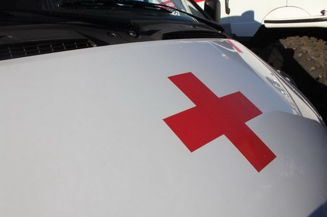 Машина «скорой» сбила молодого человека на«зебре» вКрасноярске