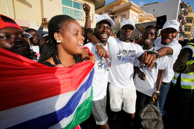 Почему Сенегал ввел войска в Гамбию?